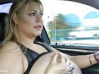Sexy BBW Legend Samantha Flashes Fans As She Drives